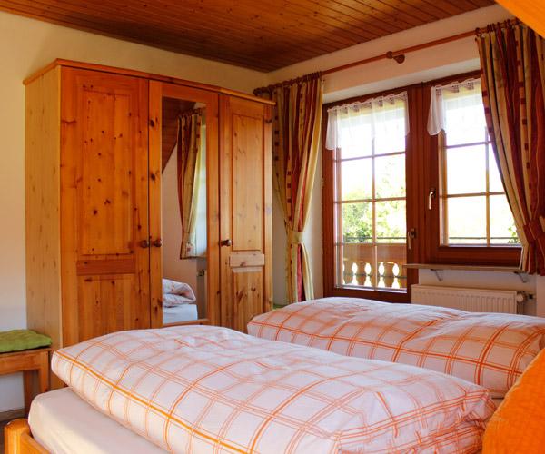 Ferienwohnung Lavendel - Schlafzimmer mit Doppelbett